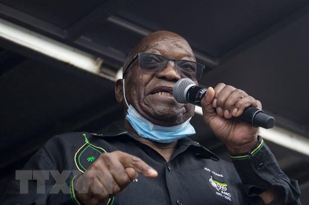 Cuu Tong thong Nam Phi Jacob Zuma chap hanh an tu vi coi thuong toa an hinh anh 1