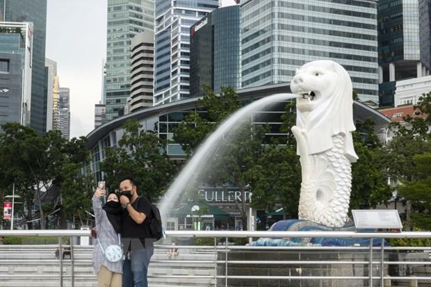 Singapore nang du bao lam phat ca nam 2021 do tac dong tu gia dau hinh anh 1