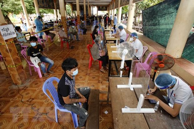 Campuchia: So ca mac giam nhung bien the Delta bat dau lan rong hinh anh 1