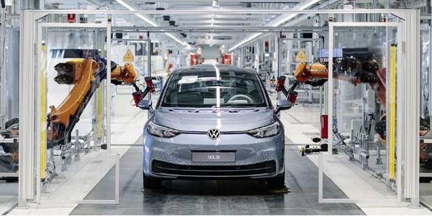 Volkswagen cat giam san xuat do tinh trang thieu chip oto dai dang hinh anh 1