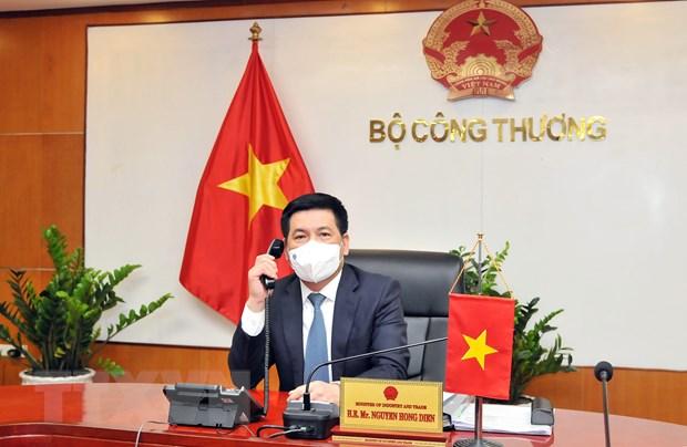 Bo truong Bo Cong Thuong chuc mung nhan Quoc khanh CHND Trung Hoa hinh anh 1