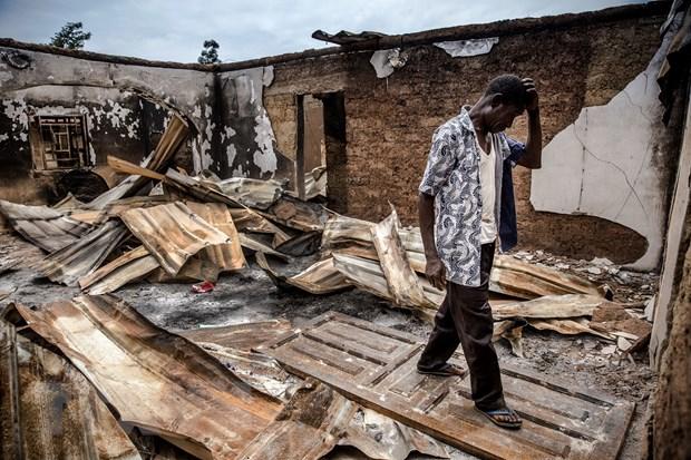Nigeria: Xa sung kinh hoang tai mot khu cho lam 19 nguoi chet hinh anh 1