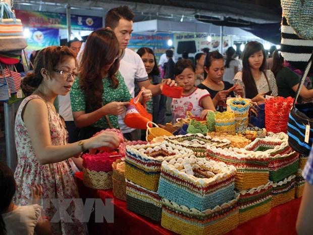 Hoi cho lang nghe Viet Nam 2015 thu hut hon 200 don vi tham gia hinh anh 1
