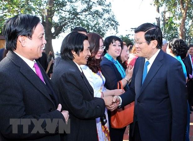 """Kieu bao du """"Xuan que huong"""": Tu hao con Lac chau Hong hinh anh 1"""
