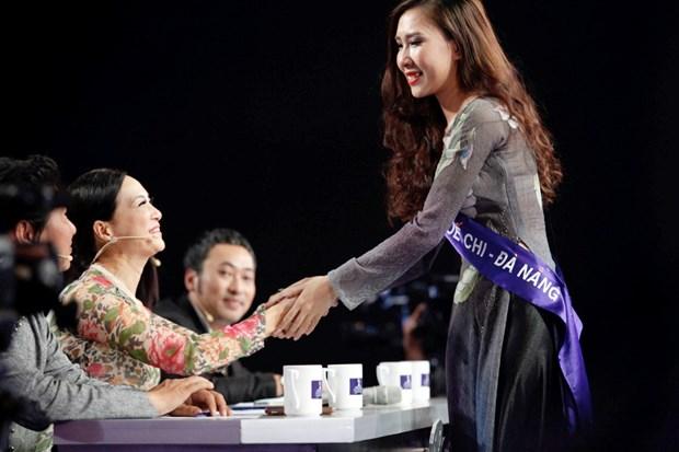 Liveshow 5 Hoa khoi Ao dai Viet Nam: Que Chi ngam ngui dung buoc hinh anh 29