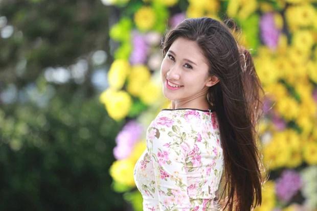 Top 12 ung vien Hoa khoi Ao dai rang ro truoc dem chung ket hinh anh 1