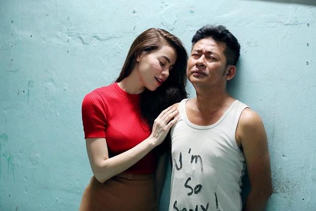 """Ca sy Ho Ngoc Ha lang lo, me dai gia trong """"Hy sinh doi trai"""" hinh anh 1"""
