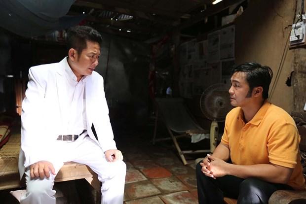 """Ca sy Ho Ngoc Ha lang lo, me dai gia trong """"Hy sinh doi trai"""" hinh anh 3"""