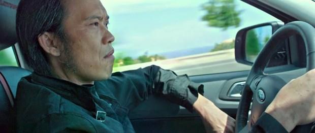 "Nghe sy Hoai Linh ""chat lu"" tren moto phan khoi lon trong phim moi hinh anh 1"