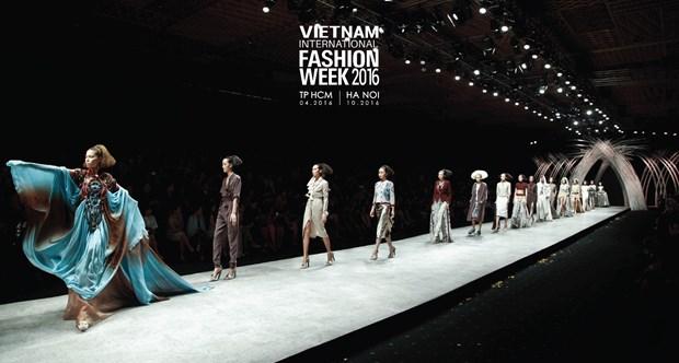 Vietnam International Fashion Week se to chuc hai lan moi nam tu 2016 hinh anh 3