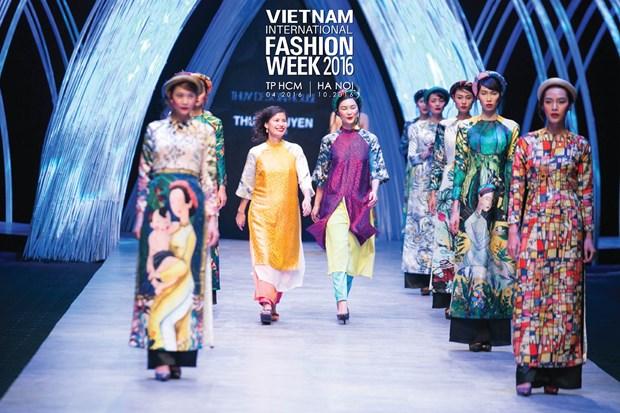 Vietnam International Fashion Week se to chuc hai lan moi nam tu 2016 hinh anh 5