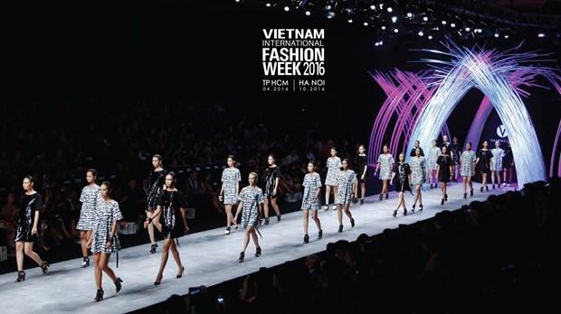 Vietnam International Fashion Week se to chuc hai lan moi nam tu 2016 hinh anh 8