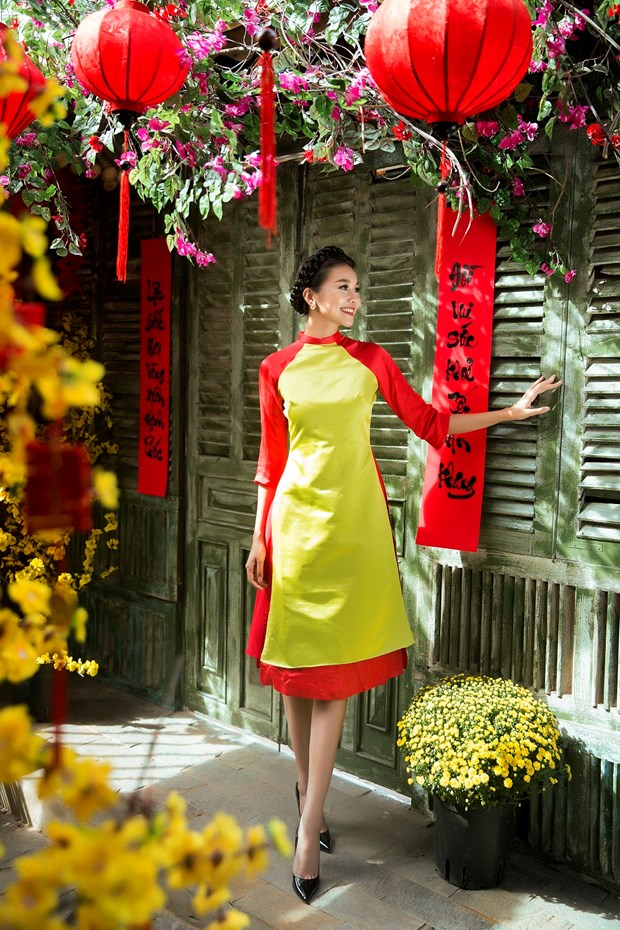 Sieu mau Thanh Hang goi y cach chon ao dai cach tan dien Tet hinh anh 2