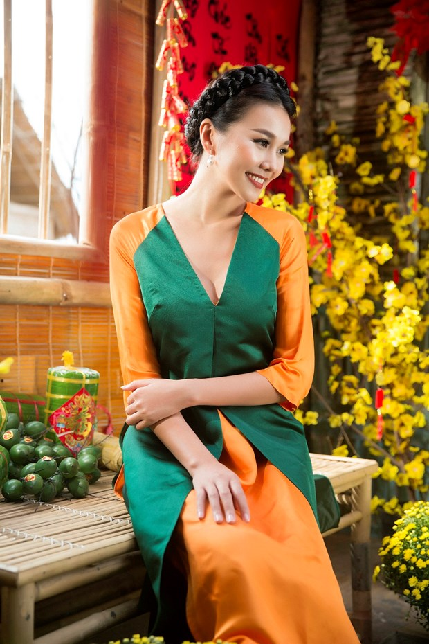 Sieu mau Thanh Hang goi y cach chon ao dai cach tan dien Tet hinh anh 4