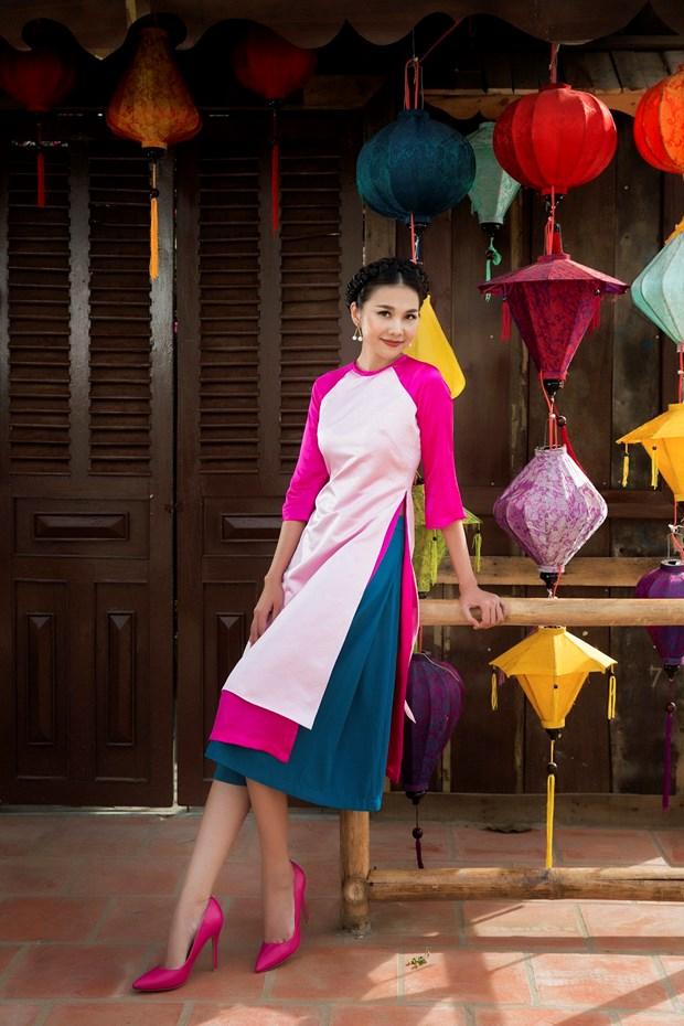 Sieu mau Thanh Hang goi y cach chon ao dai cach tan dien Tet hinh anh 6