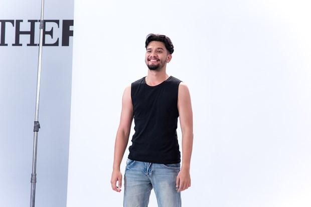 Dan thi sinh nam khien cac co van The Face 2018 'dieu dung' hinh anh 12