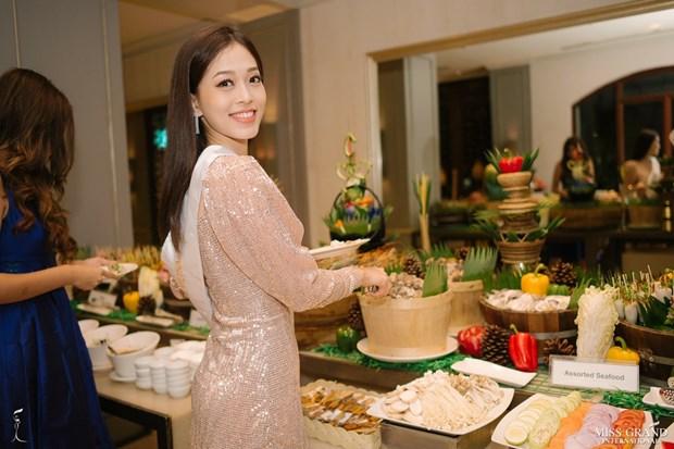 A hau Phuong Nga va no luc noi bat tai Miss Grand International 2018 hinh anh 14