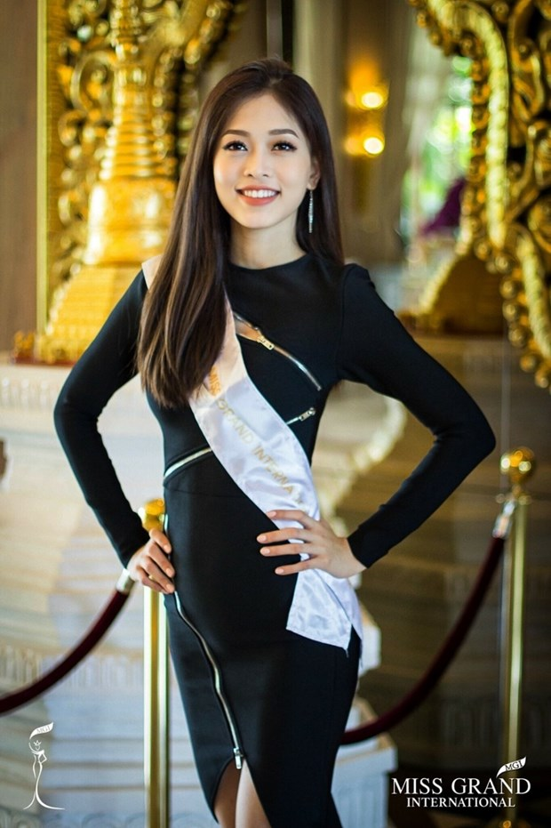 A hau Phuong Nga va no luc noi bat tai Miss Grand International 2018 hinh anh 19