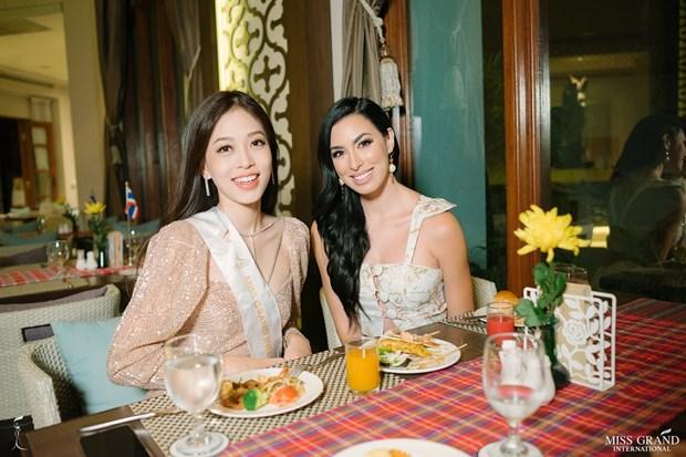 A hau Phuong Nga va no luc noi bat tai Miss Grand International 2018 hinh anh 20