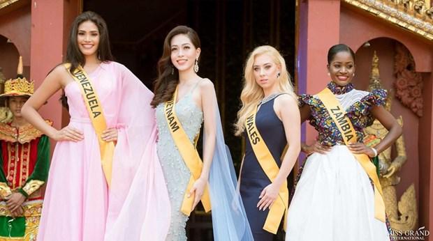 A hau Phuong Nga va no luc noi bat tai Miss Grand International 2018 hinh anh 25