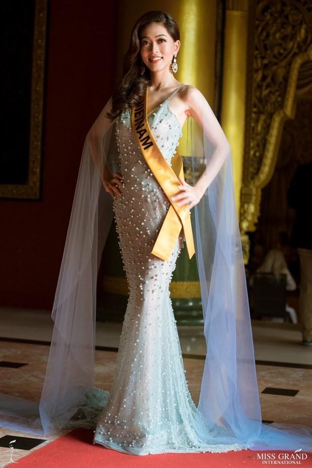 A hau Phuong Nga va no luc noi bat tai Miss Grand International 2018 hinh anh 27