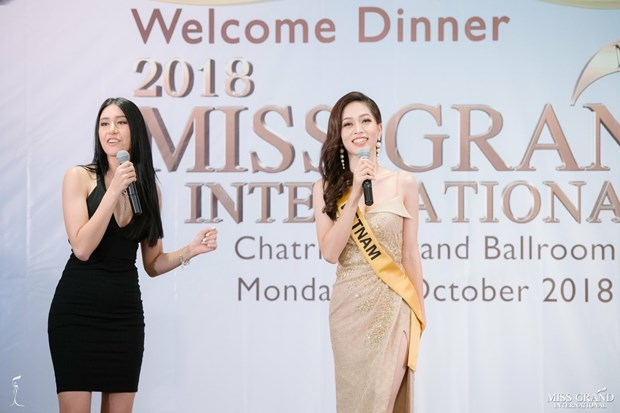 A hau Phuong Nga va no luc noi bat tai Miss Grand International 2018 hinh anh 29