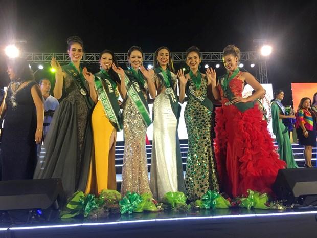 Phuong Khanh lien tiep gianh 4 giai thuong tai Miss Earth 2018 hinh anh 1
