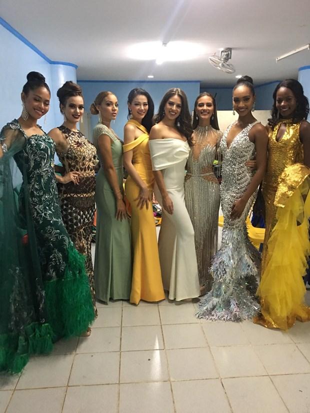 Phuong Khanh lien tiep gianh 4 giai thuong tai Miss Earth 2018 hinh anh 2