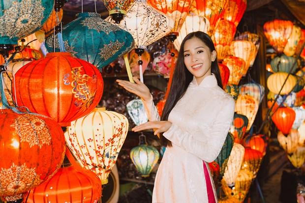 Miss World: Tieu Vy mang den cau chuyen truyen cam hung day xuc dong hinh anh 3