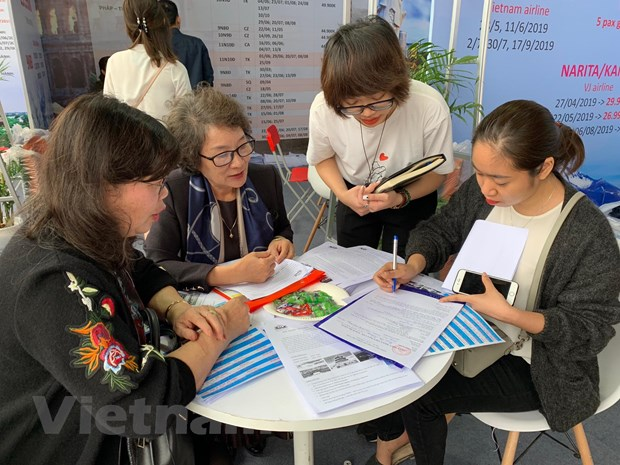 Travel Fest 2019: Tung bung Le hoi khuyen mai du lich dau tien hinh anh 6