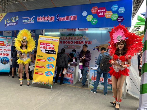 Travel Fest 2019: Tung bung Le hoi khuyen mai du lich dau tien hinh anh 3