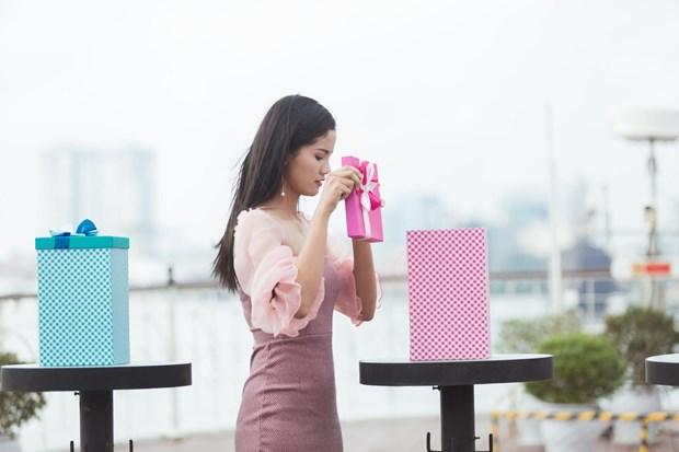 Miss World Viet Nam truyen cam hung song dep qua cac du an nhan ai hinh anh 3