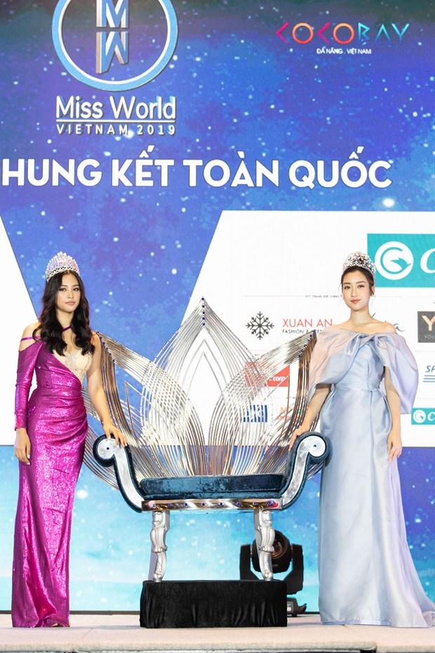 Miss World Viet Nam: Can canh vuong mien 3 ty dong cho tan Hoa hau hinh anh 7