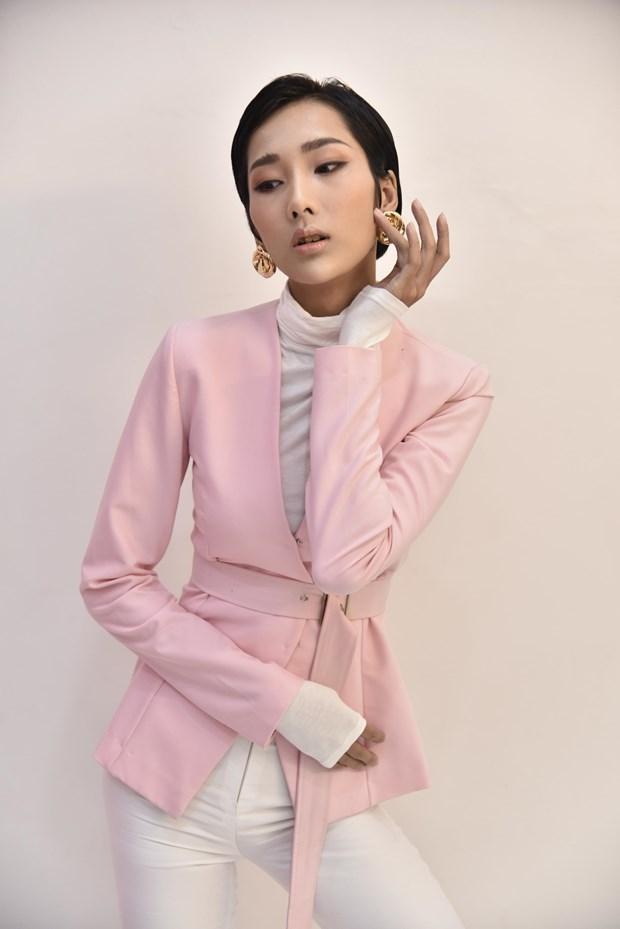Vietnam's Next Top Model: Cuoc cham tran kich tinh cua top 30 hinh anh 1