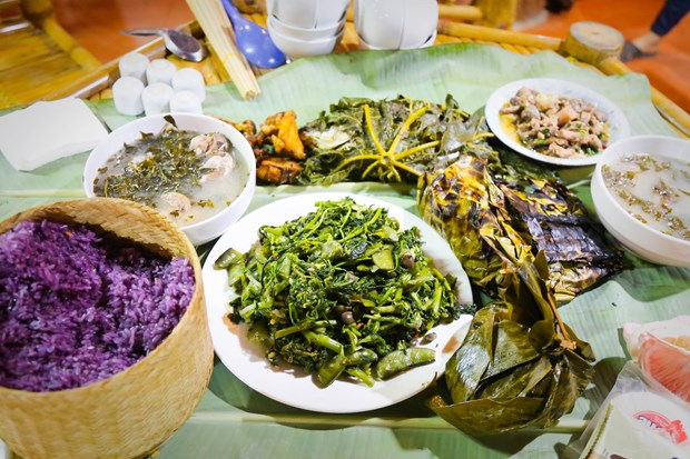 Lan toa ban sac van hoa nguoi Thai bang du lich cong dong hinh anh 2