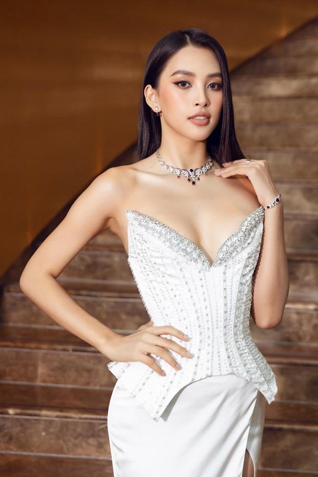 Miss World 2021: Hanh trinh nhan sac Viet duoc ton vinh va toa sang hinh anh 3