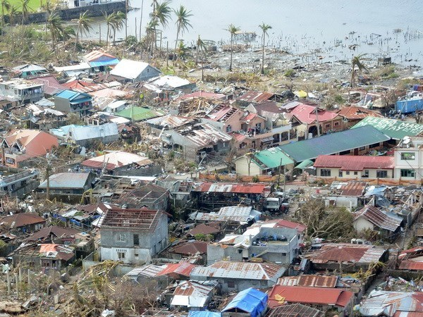 ASEAN tiep tuc ho tro Philippines phuc hoi sau sieu bao Haiyan hinh anh 1