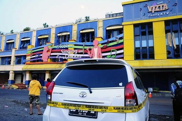 Chay quan bar karaoke o Indonesia, it nhat 17 nguoi thiet mang hinh anh 1