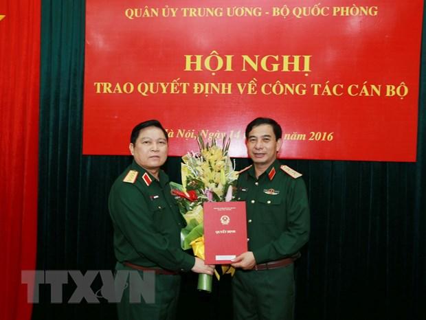 Trao quyet dinh cua Thu tuong bo nhiem Thu truong Bo Quoc phong hinh anh 1