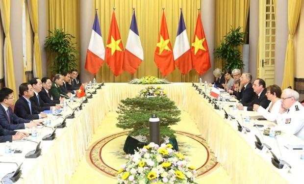 [Photo] Chu tich nuoc Tran Dai Quang don Tong thong Phap Hollande hinh anh 8