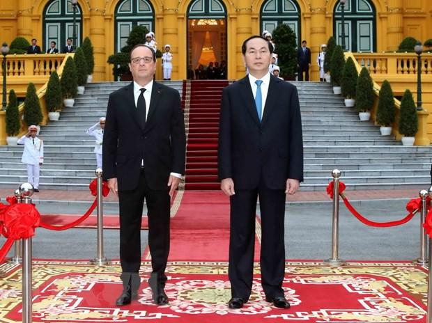 [Photo] Chu tich nuoc Tran Dai Quang don Tong thong Phap Hollande hinh anh 5