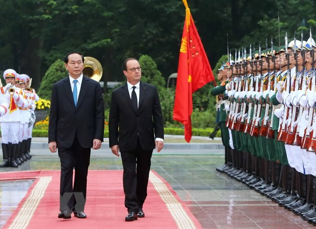 [Photo] Chu tich nuoc Tran Dai Quang don Tong thong Phap Hollande hinh anh 7