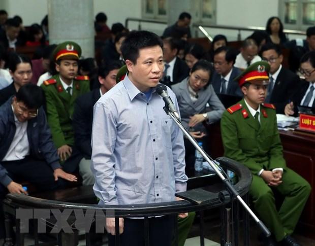 Xet xu Ha Van Tham: Lam ro hanh vi chi lai ngoai hop dong tien gui hinh anh 1
