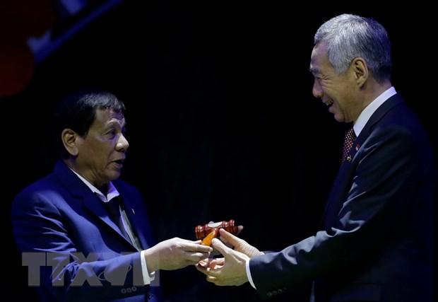 Vung buoc xay dung Cong dong ASEAN huong toi nguoi dan hinh anh 1