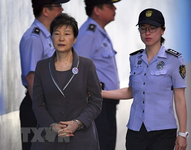 Cuu Tong thong Han Quoc Park Geun-hye doi mat voi toi danh moi hinh anh 1
