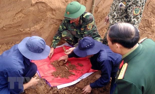 Quang Tri: Cat boc 40 hai cot liet sy tai bo song Thach Han hinh anh 1