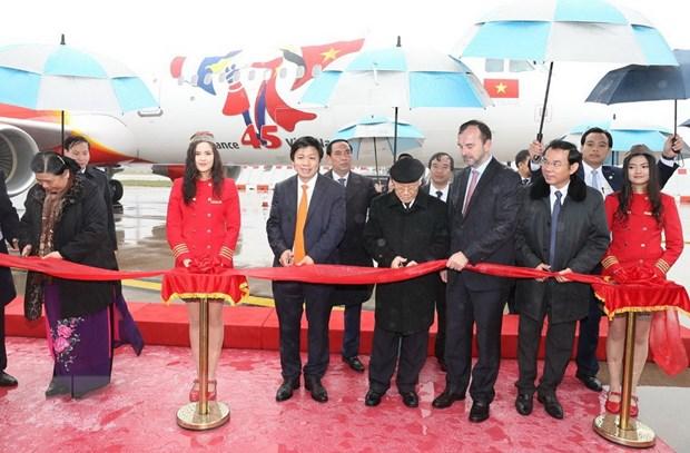Tap doan Airbus ban giao may bay cho Vietnam Airlines va Vietjet Air hinh anh 3
