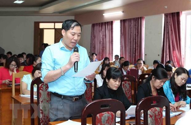 Lai Chau: Doi thoai voi 137 nhan vien y te bi cham dut hop dong hinh anh 1