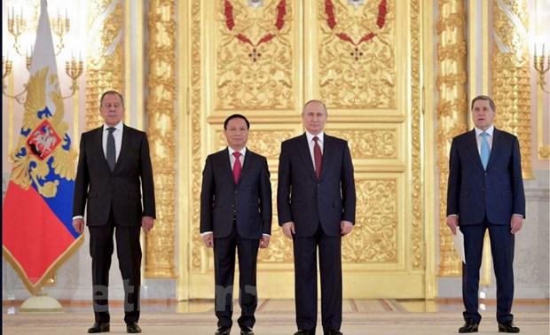 Tong thong Putin: Quan he Nga-Viet Nam dang phat trien tot dep hinh anh 1