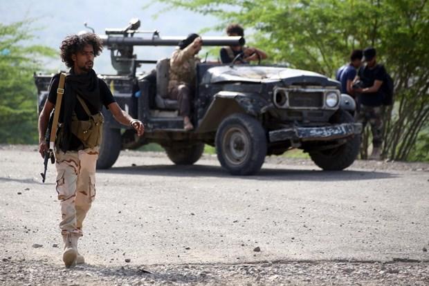 Bao Arab: Quan doi Yemen va lien quan Arab chiem uu the truoc Houthi hinh anh 1